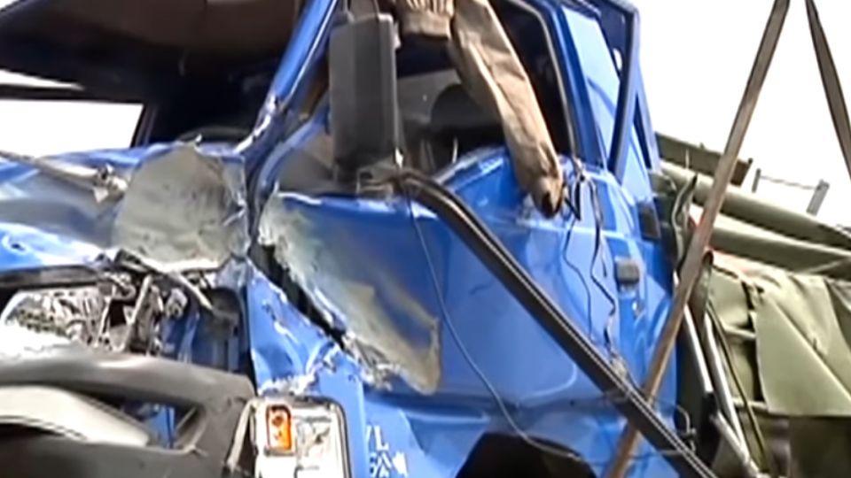 6年沒換爆胎翻車3死 車主撞癱仍有責判賠952萬