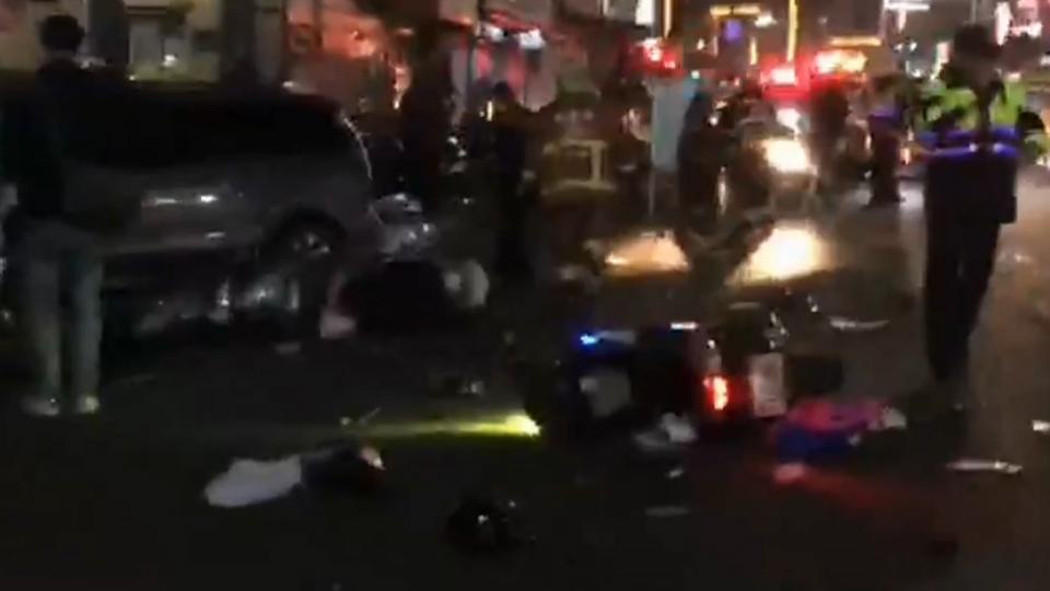 酒駕!37歲男衝撞「機車待轉區」 1死4重傷8輕傷