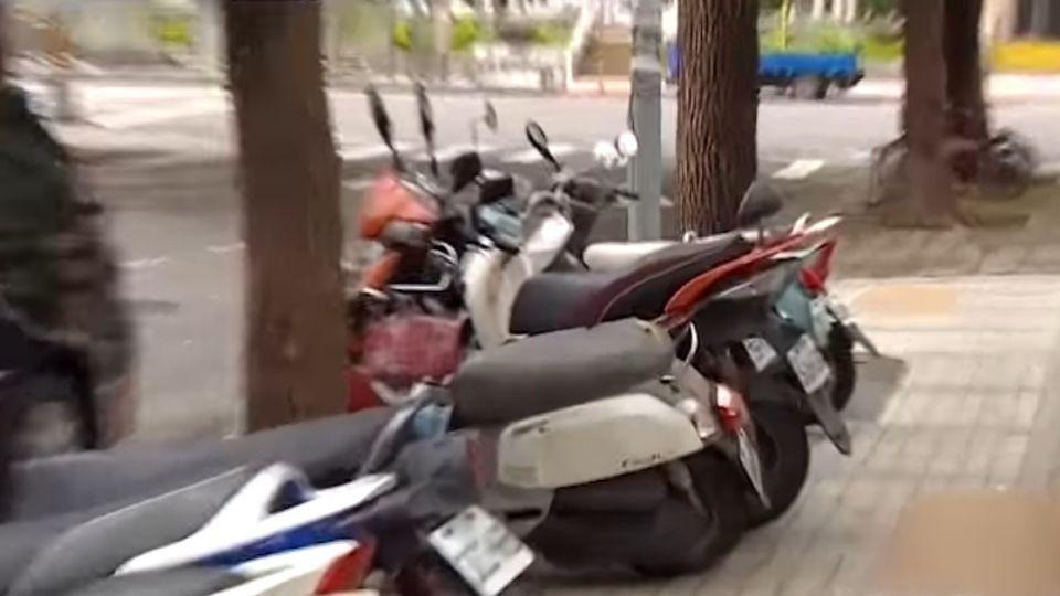 「不是沒紅線就能停」 北市年抓2千件違停公園