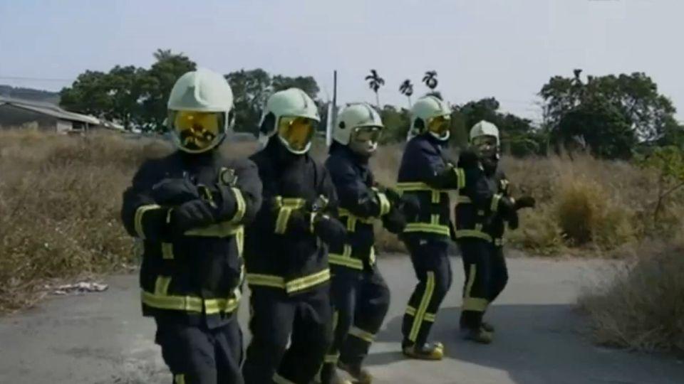 消防隊「搞笑」宣傳短片 提醒掃墓四不二要