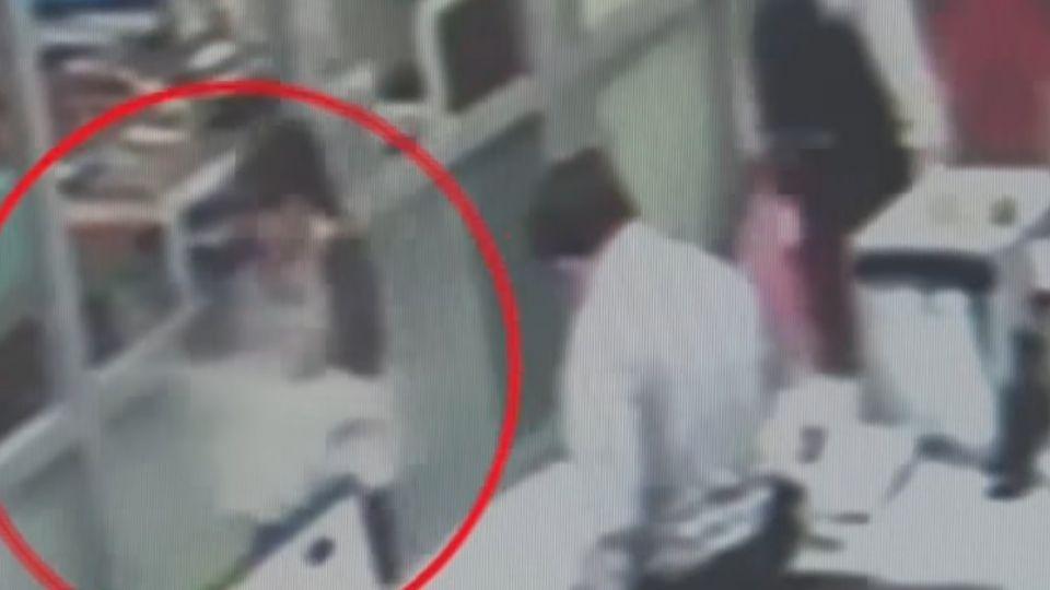 莽夫擄走兒傳槍照示威 通緝婦曝身分求警救子
