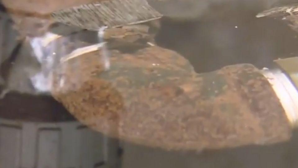 公寓蓄水池超髒 商家接水煮、消費者吃下肚