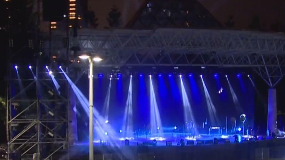 五月天「20周年」明免費開唱 歌迷草坪打地鋪佔位