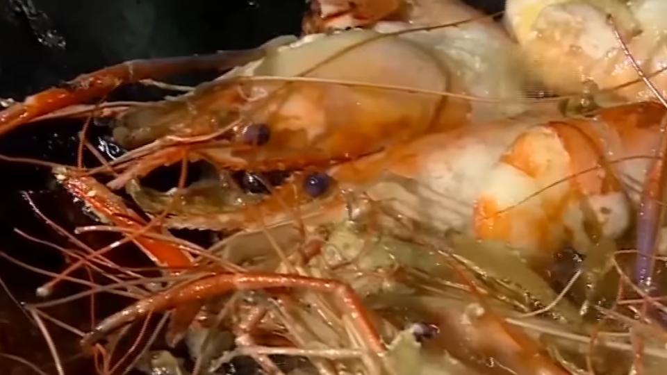 秋天吃蟹春夏季吃蝦 蝦肉紮實蝦膏肥美