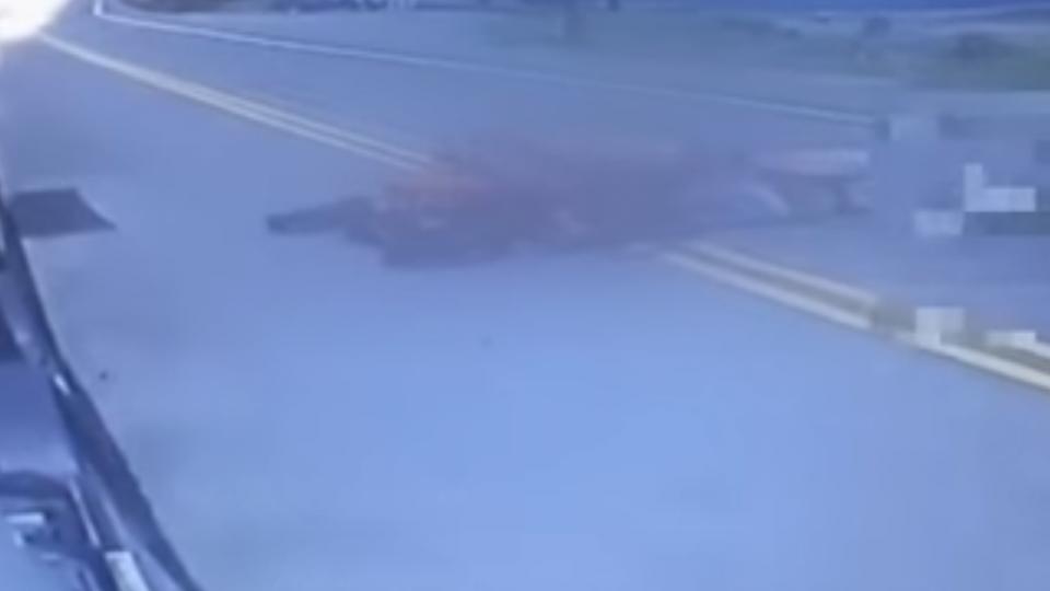 畫面曝光!重機夫妻亡 肇事駕駛竟移動傷患