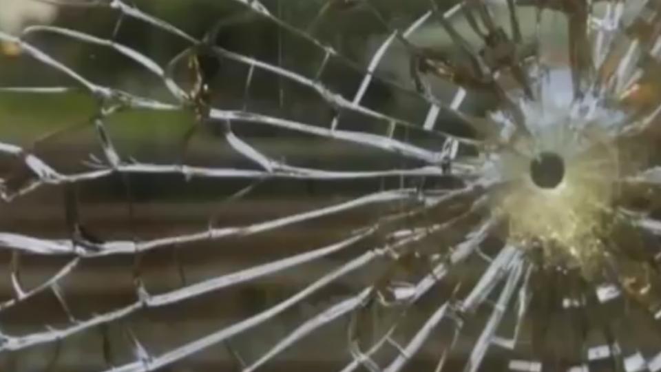 花宜區間車玻璃破 民眾驚恐疑列車遭槍擊