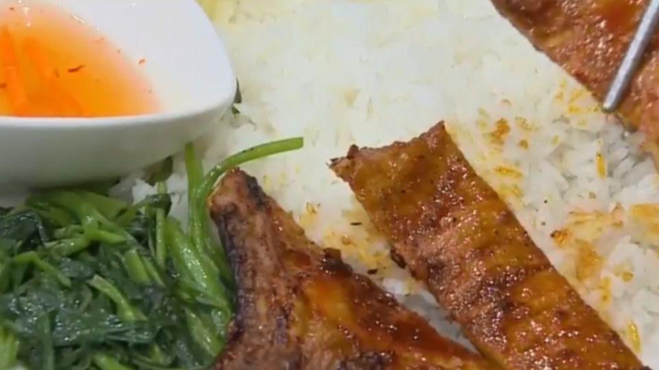 烤豬排、沙茶牛招牌菜 顛覆越南餐館印象