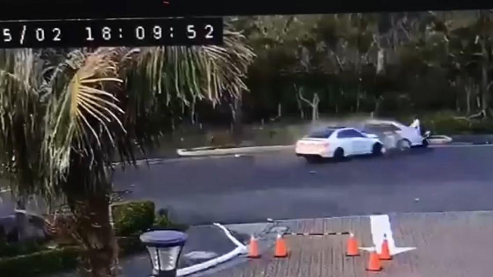 賓士男酒駕衝撞迴轉車 害1死2傷他落跑