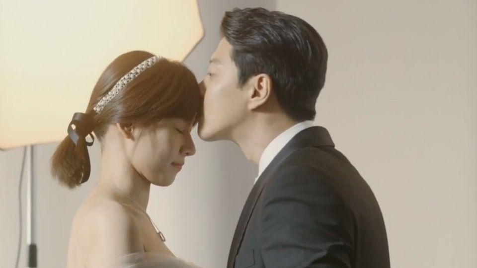 「月桂樹」李東健、趙胤熙因戲結緣 宣布結婚雙喜