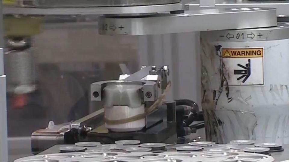 光學技術新突破!隱形眼鏡熱銷 估年產逾1億片