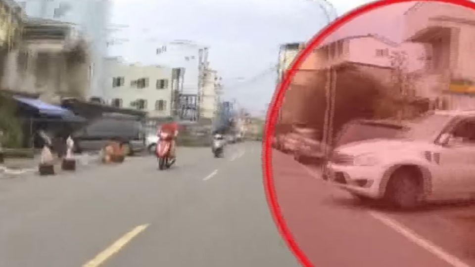 「不會看路嗎」 休旅車駕駛揮棍逼車、衝撞騎士