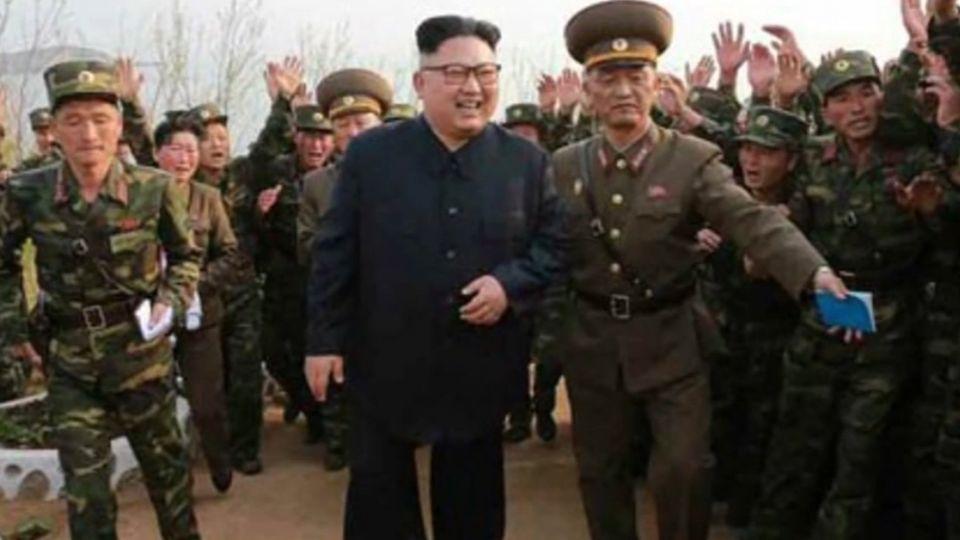 南韓大選在即 金正恩視察前線、大媽激動淚