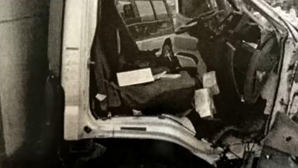 男撞砂石車亡 家屬控警未恢復燈號釀禍