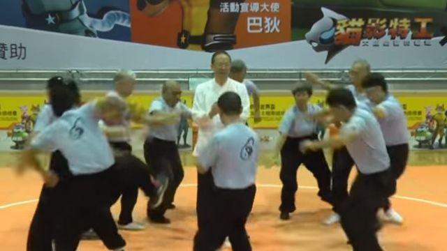 【影片】一掌震飛10逾人!世界級太極拳比賽 館長:比我狂100倍