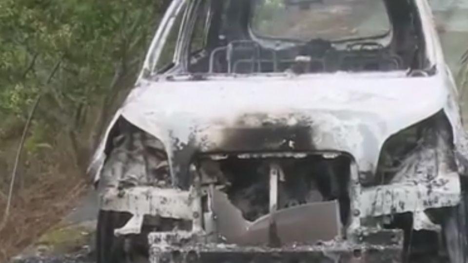 火燒車駕駛離奇死後車廂 倖存者:叫不醒他先逃