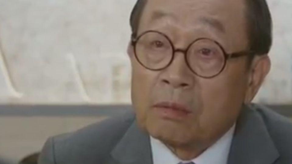 韓星申久爺爺 「月桂樹」飾西裝店老闆演技精湛