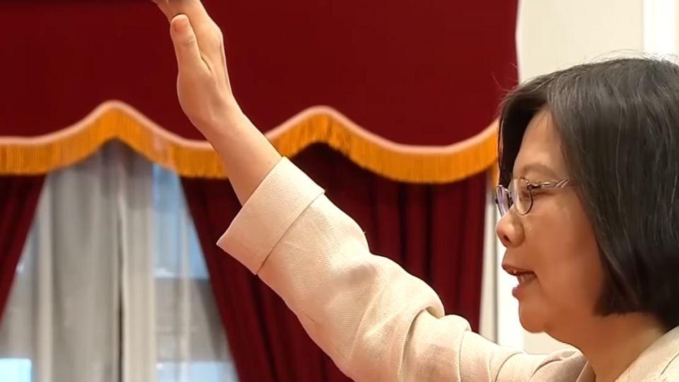 小英執政周年民調低 傳七月內閣改組換將