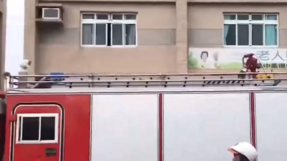 南門護理之家失火 濃煙竄流快速 不排除縱火
