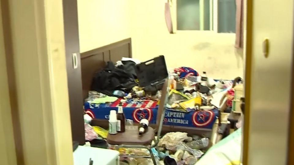 房客欠租金、電費落跑 留下滿地穢物、酒瓶