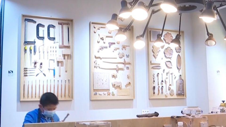 實體書店轉型潮 餐飲娛樂跨界吸客