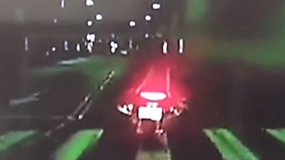 少年退幫遭「私刑」 滅火器砸車圍毆給教訓