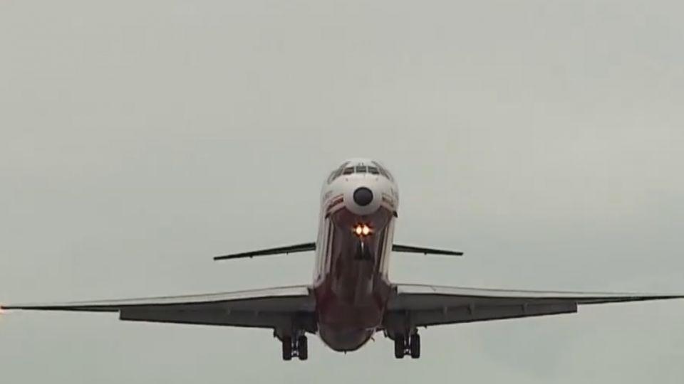 無人機又闖松機急!關跑道1小時延誤8班機
