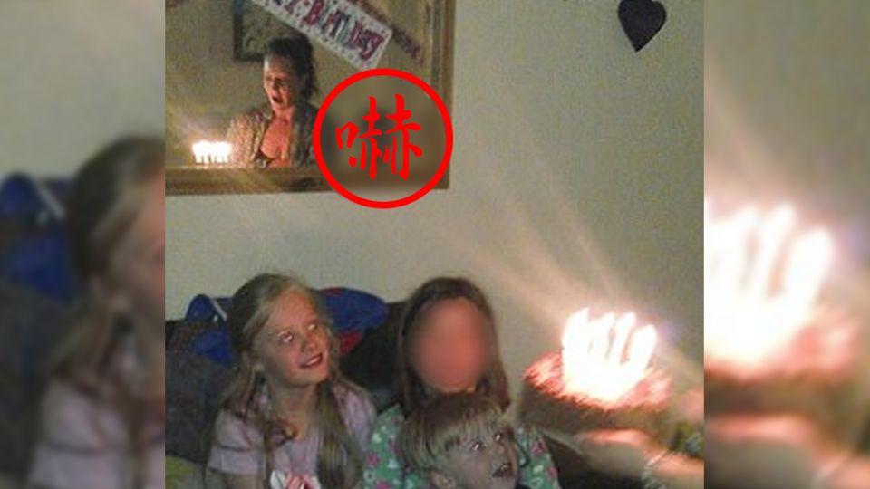 生日照變靈異照!鏡子裡多了一個人 靈媒也證實「他」存在