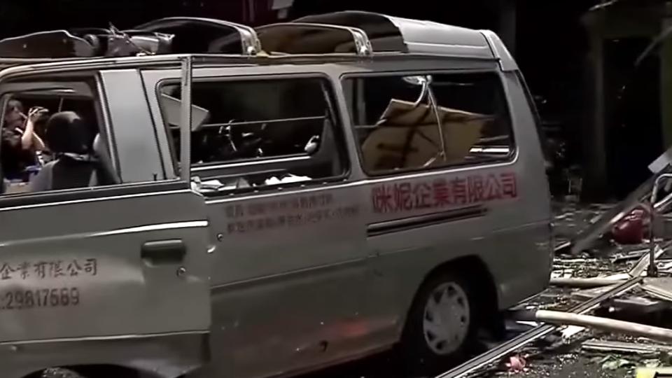 驚!月子餐工廠氣爆玻璃震碎噴飛 12人受傷