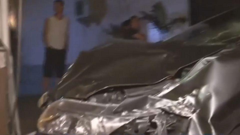 機車路口遭衝撞解體! 騎士拋飛重摔不治