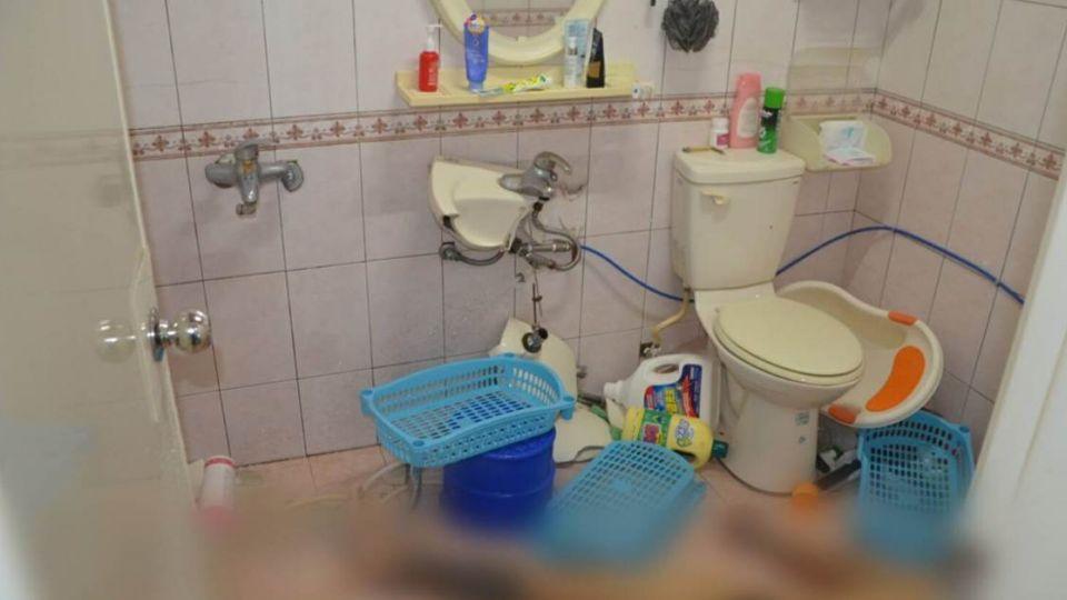 腳筋斷、血流乾!男子離奇裸死浴室內 兇手疑為洗手台