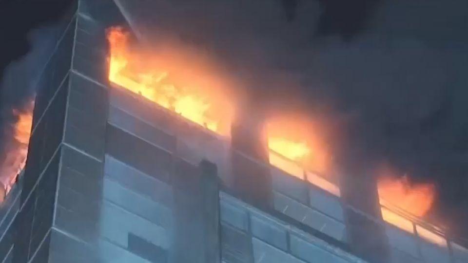 「熱對流」原理火往上燒  逃高處反越危險