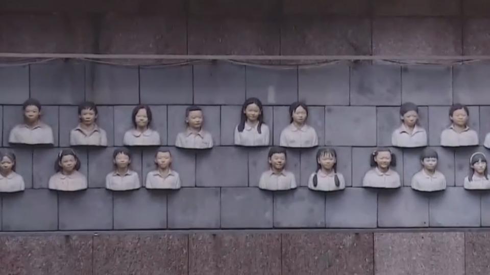 板橋火車站裝置藝術引熱議 民眾:像靈骨塔