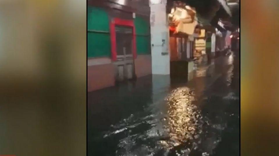 10年來最慘!豪雨肆虐鹿港老街淹水及膝