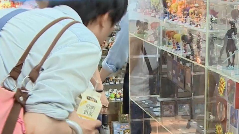「禁止網拍面交」台北地下街公告防搶生意