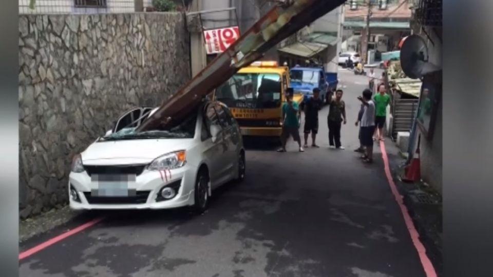 颱風頂樓雨棚砸新車 判「整棟10戶」都賠