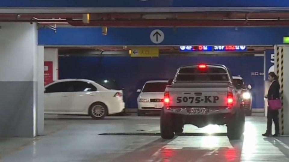 停車場酒駕「無法罰」 控賓士車酒駕肇事無證據