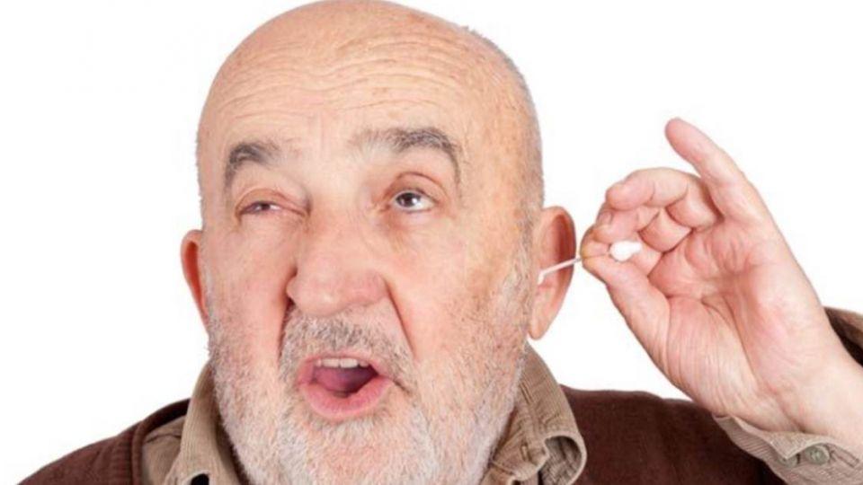 母幫3歲兒掏耳失手刺穿耳膜 醫師建議「這樣做」