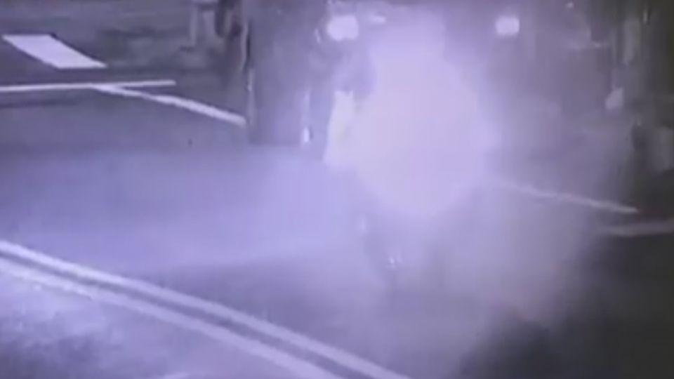 氣「朋友欠錢不還」 3少年沿街開槍洩憤