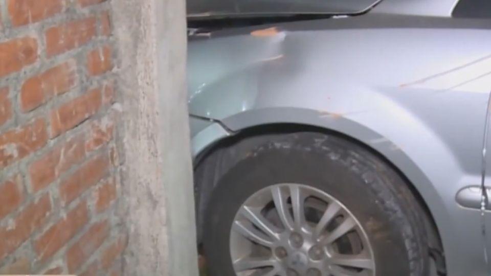 女駕自撞警所圍牆 民眾:警史最快到事故現場
