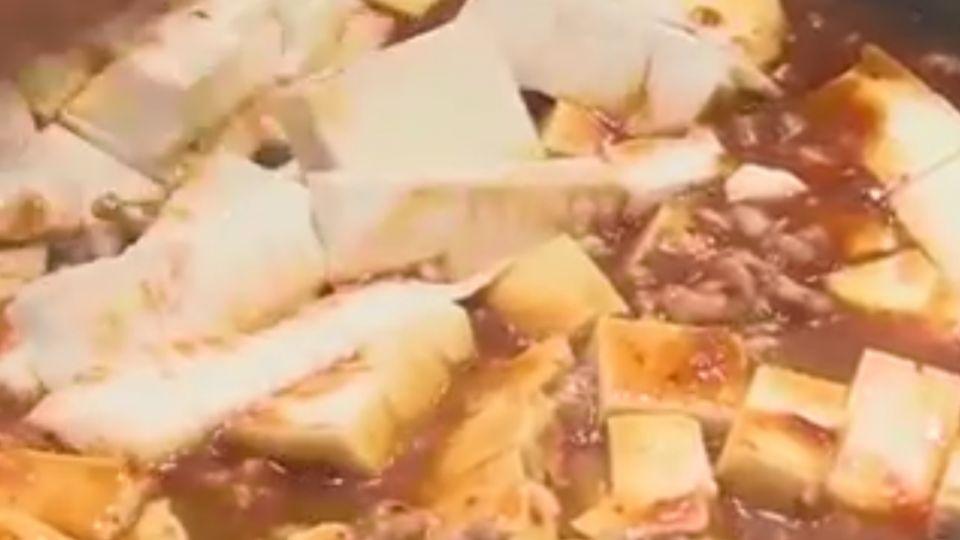 麻婆豆腐包裝正面未標「醬」 打開沒豆腐傻眼