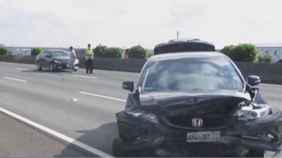 不滿撞車喊被撞 駕駛PO網求第三隻眼