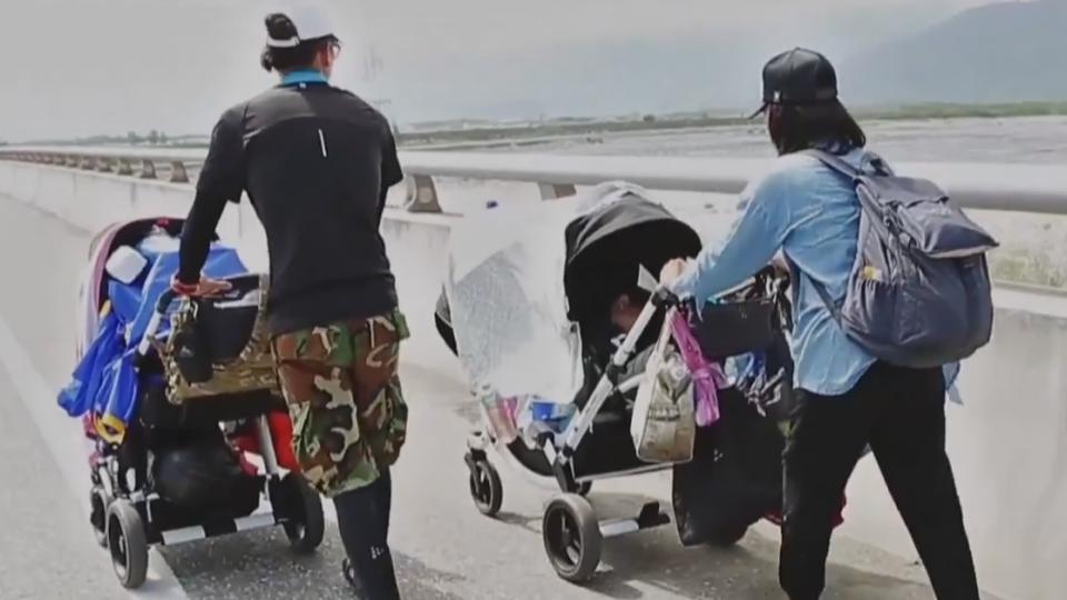 夫妻帶2幼童徒步環島 遇落山風曾想放棄