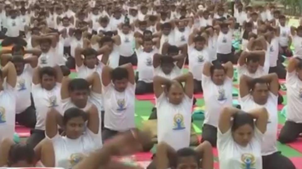 印度大推瑜珈軟實力 經濟效益大爆發