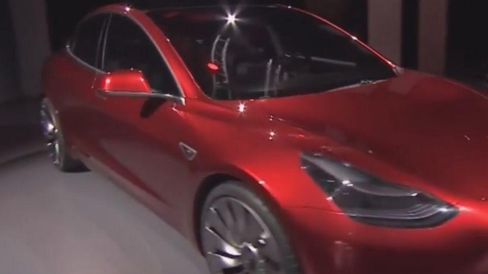 量產進度堪憂!特斯拉Model 3交車考驗大
