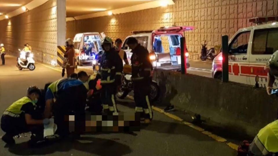 疑「沙」打滑害摔 重機雙載自撞乘客重傷亡