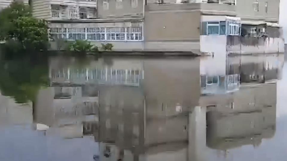 重劃區變重災區 千萬豪宅慘變水岸第一排