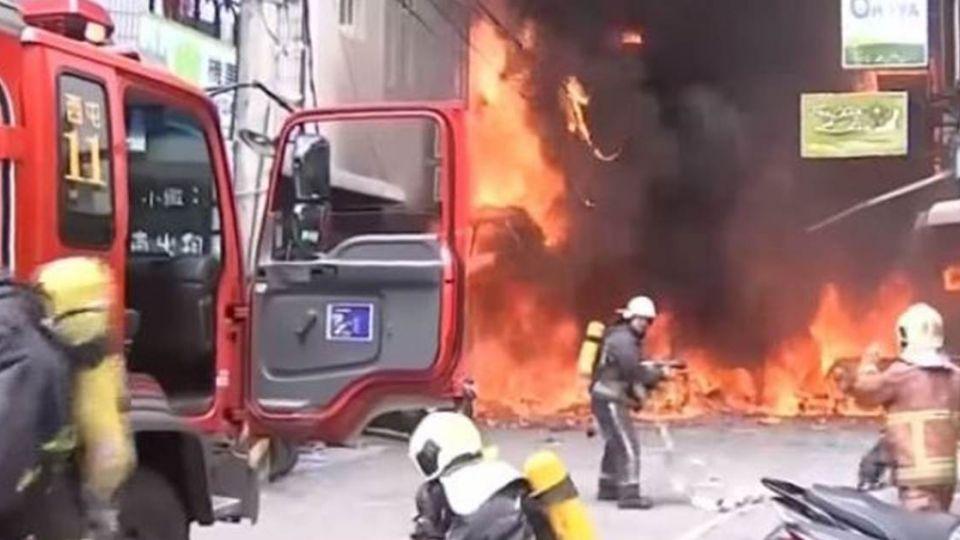 氣爆全身85%燒燙傷!他堅持搬磚救數十人…英雄老闆走了