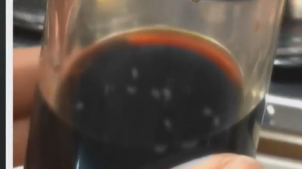 那個白白的… 控「爭鮮」醬油罐有小蟲蠕動