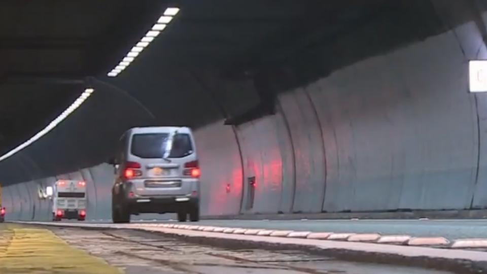 開雪隧收5罰單 車主討拍遭打臉「你違規」