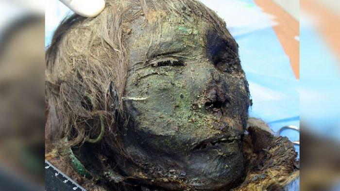 只有頭…900年北極木乃伊出土 「北極公主」睫毛清晰可見
